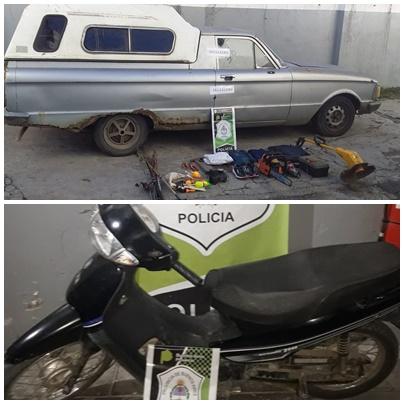 La camioneta con los elementos robados, y la moto en la que iba la mujer con el celular robado.