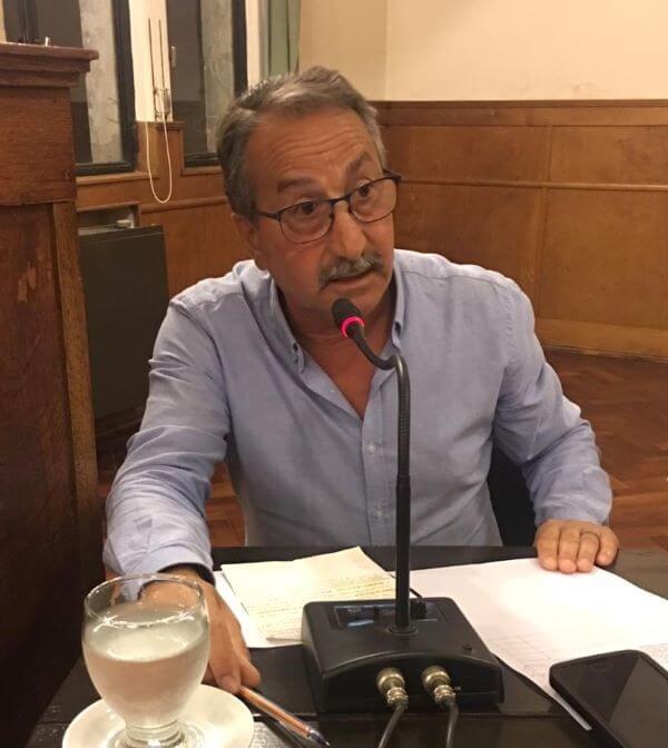 Oscar Bruno, presidente UCR de Lobos.